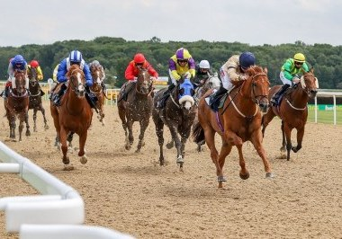 GLEN SHIEL (Hollie Doyle) wins at NEWCASTLE 27/6/20 Photograph by Grossick Racing Photography 0771 046 1723